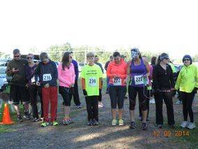 Picture of runners in the Bethel Boogie 5k